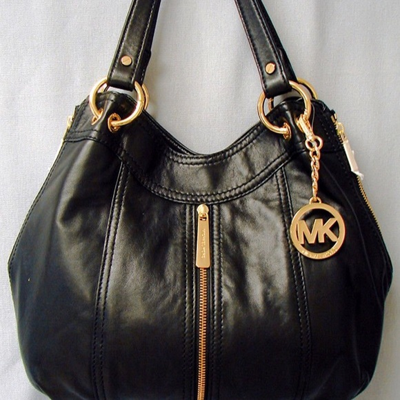 8cacd647a5fb Michael Kors Bags | Moxley Purse | Poshmark